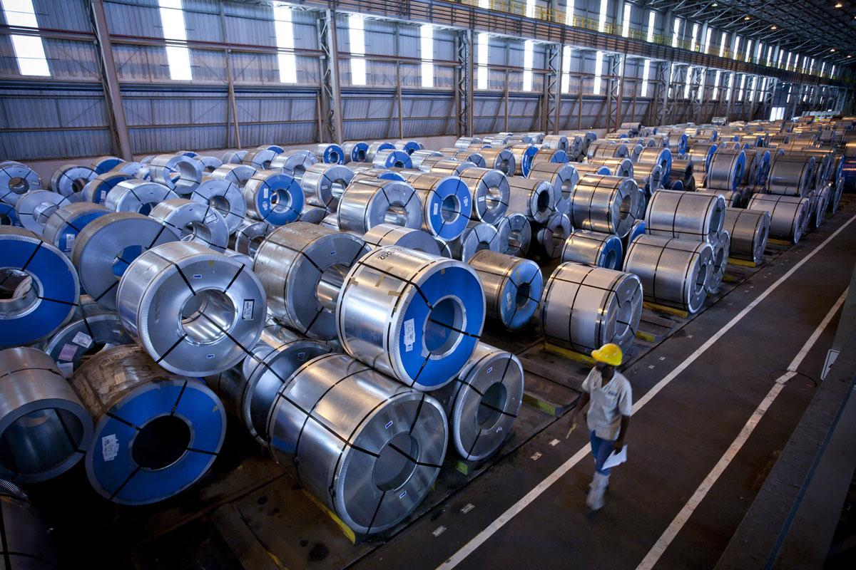 Bobinas de aço na fábrica da CSN.