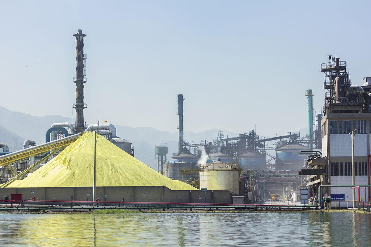Fábrica de fosfatos da Copebras em Cubatão