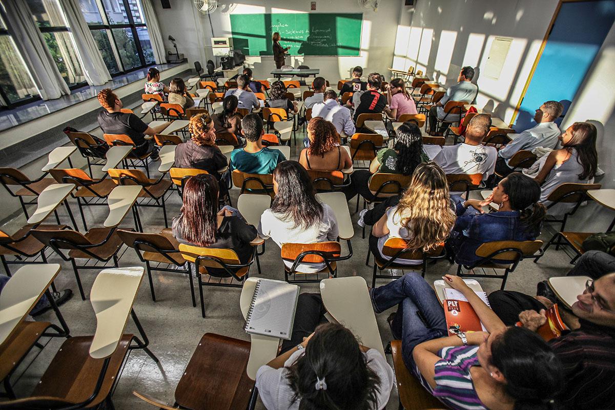 Aula na Anhanguera Educacional