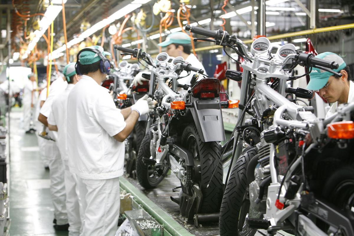 Linha de montagem da Moto Honda