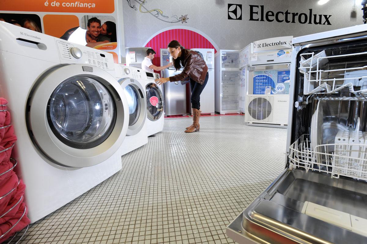 Produtos Electrolux à venda em loja do Pontofrio