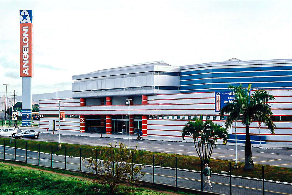 Centro comercial da Angeloni
