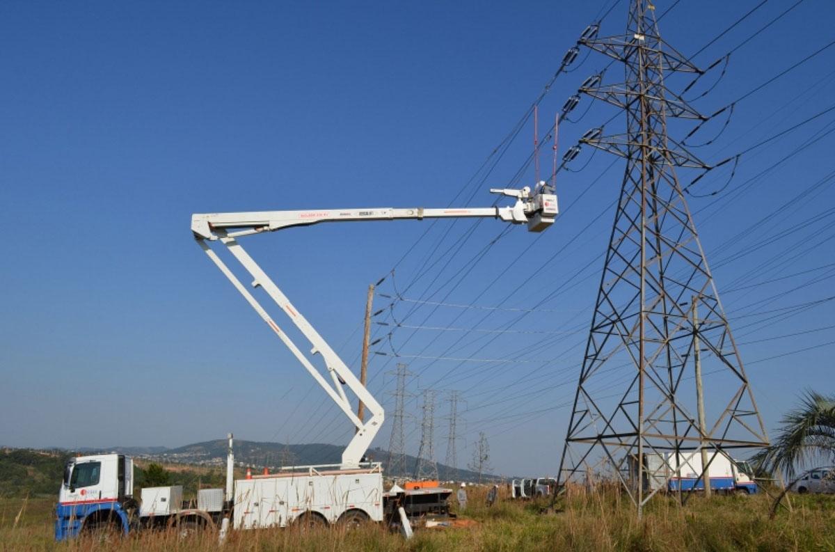 Obras em linha de transmissão da CEEE